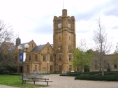 Old_Arts_Building._Parkville_Campus_of_University_of_Melbourne